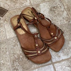 Vintage Enzo Angiolini Brown and Gold Sandals